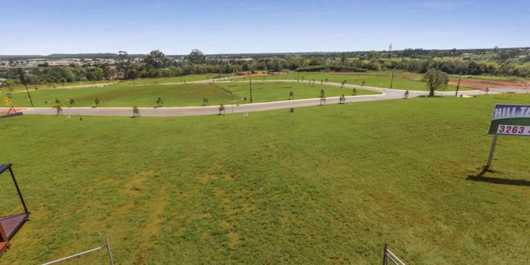 Hilltop land Bridgeman Downs - October 2017 (1)