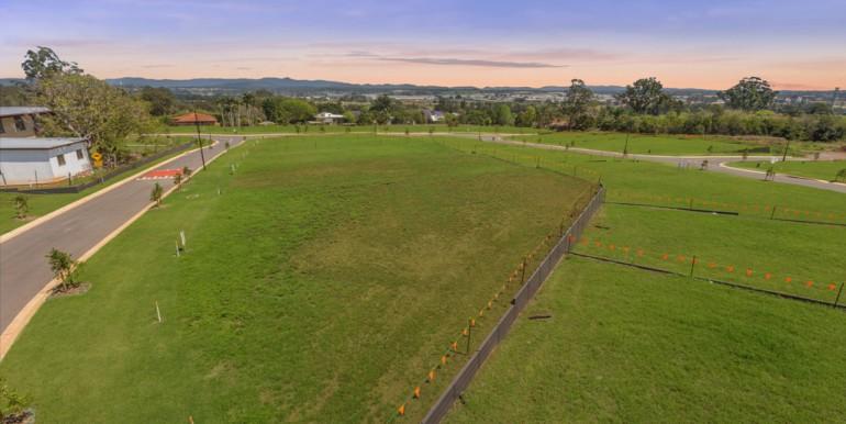 Hilltop land Bridgeman Downs - October 2017 (3)