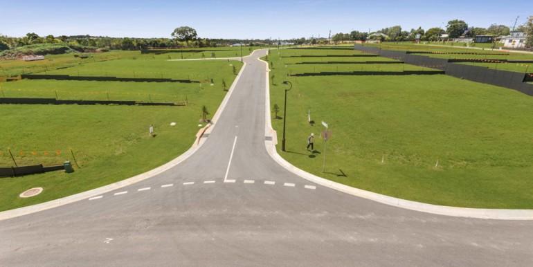 Hilltop land Bridgeman Downs - October 2017 (7)