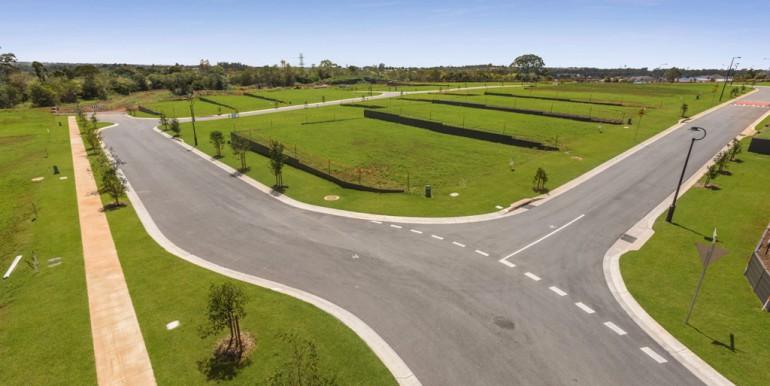 Hilltop land Bridgeman Downs - October 2017 (9)